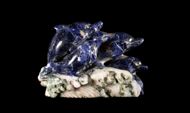 Sodalite carving