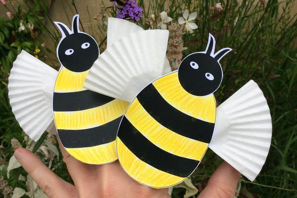 photo of completed bee puppets